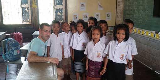 Volunteer Thai